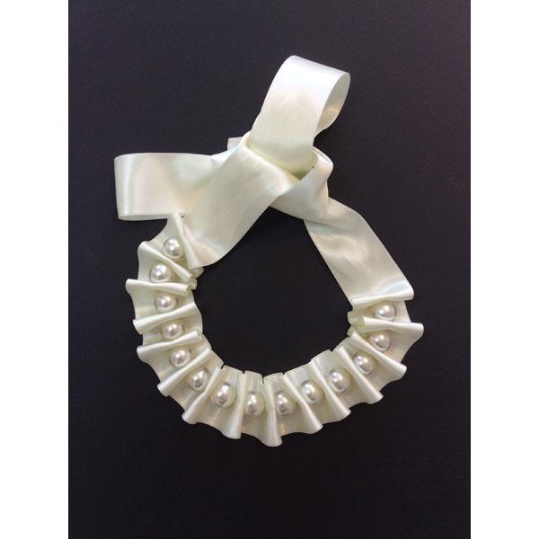 Cream Ribbon & Pearl Necklace